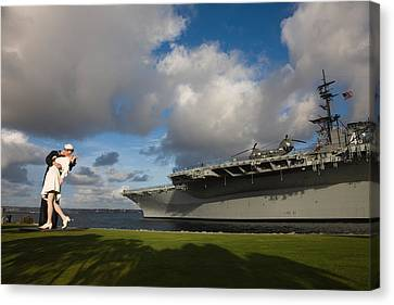 Sculpture Unconditional Surrender Canvas Print by Panoramic Images