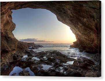 Sea Cave At Thousand Steps Beach Canvas Print by Cliff Wassmann