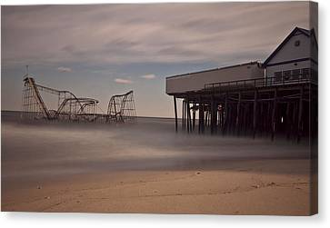 Seaside Carnage Canvas Print by Richard Zoeller