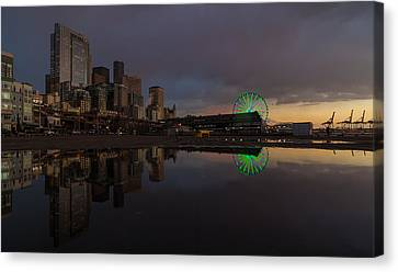 Seattle Cityscape And The Wheel Canvas Print by Mike Reid