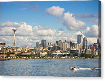 Canvas Print featuring the photograph Seattle Skyline by Janis Knight