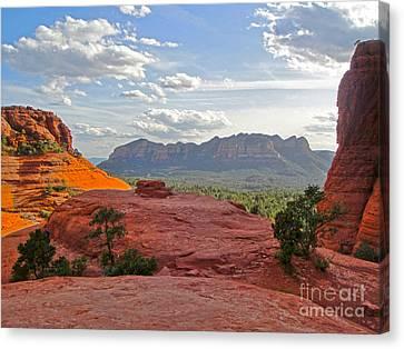 Sedona Arizona Mountains - 03 Canvas Print by Gregory Dyer