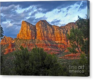 Sedona Arizona Sunset On Mountains Canvas Print by Gregory Dyer