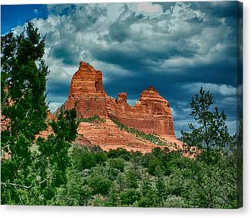Canvas Print featuring the photograph Sedonas Snoopy by Kathy Churchman