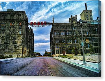 Seen Better Days Old Pabst Brewery Home Of Blue Ribbon Beer Since 1860 Now Derelict Canvas Print by Lawrence Christopher