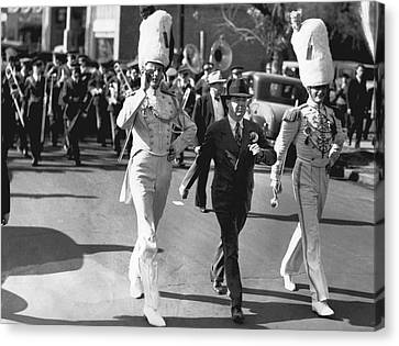 Senator Huey Long In Parade Canvas Print by Underwood Archives