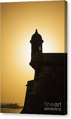 Sentry Box At Sunset At El Morro Fortress In Old San Juan Canvas Print