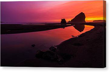 Oregon Coast Canvas Print - Serenade Flow by Chad Dutson