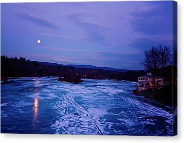Setting Moon Brattleboro Canvas Print by Tom Singleton