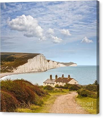 Seven Sisters Cuckmere Haven South Downs Sussex Canvas Print by Colin and Linda McKie