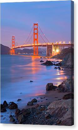 Canvas Print featuring the photograph Sf Icon by Jonathan Nguyen