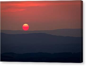 Shenandoah Sunset Canvas Print by David Cote
