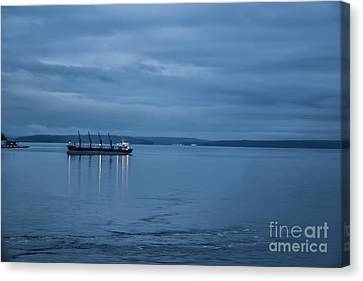 Shippng Lane Canvas Print by Eric Chegwin