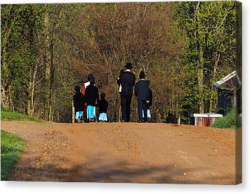 Shipshewanna Amish Family On Their Way To Church Canvas Print by Jay Dreifus