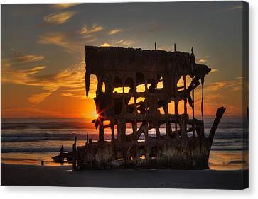 Shipwreck Sunburst Canvas Print by Mark Kiver