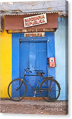 Shop On Street In Goa India Canvas Print