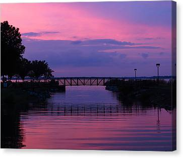 Shoreline Park At Dusk Canvas Print