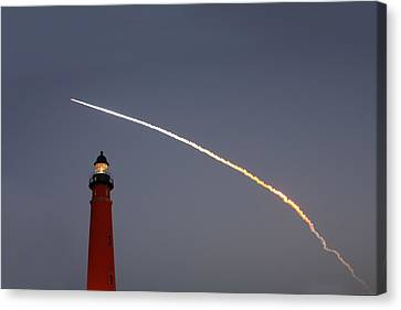 Canvas Print featuring the photograph Shuttle Discovery Liftoff Over Ponce Inlet Lighthouse by Paul Rebmann