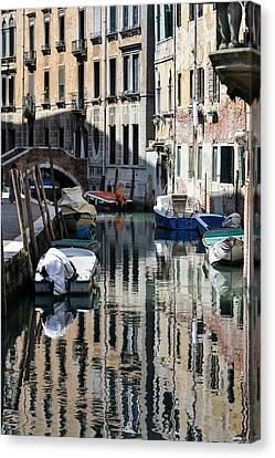 Side Canal Venice Canvas Print by Bill Mock