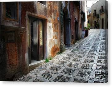 Sidestreet In Erice Canvas Print