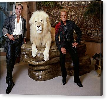Siegfried And Roy Canvas Print by Mountain Dreams