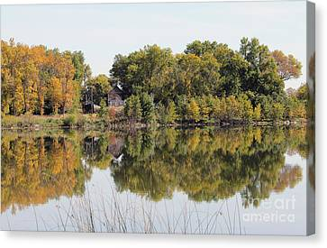 Silence And Solatuid  Canvas Print by Lori Tordsen