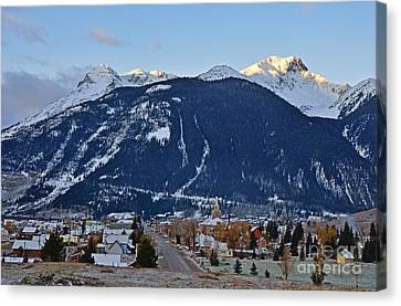 Silverton's Mountain Majesty Canvas Print