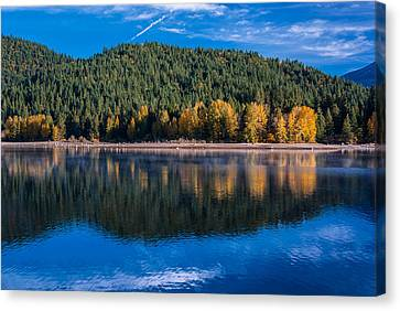 Siskiyou Lake Shoreline Canvas Print