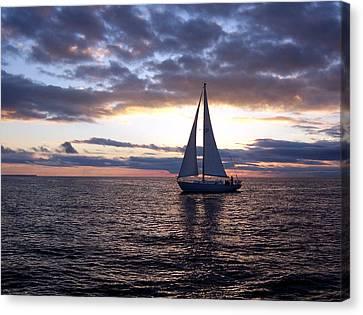 Sister Bay Sunset Sail 1 Canvas Print