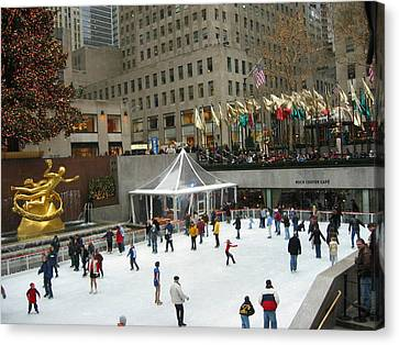 Skating In Rockefeller Center Canvas Print by Judith Morris