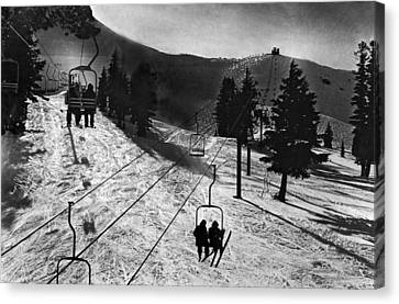 Ski Lifts At Squaw Valley In California Canvas Print by Underwood Archives