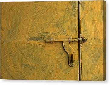 Skc 0047 The Door Latch Canvas Print by Sunil Kapadia