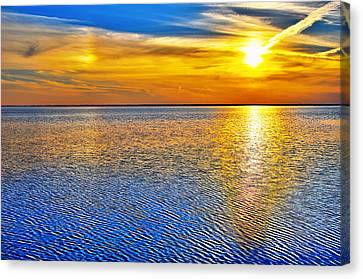 Sky And Water Sunset Outer Banks I Canvas Print by Dan Carmichael
