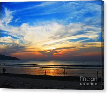 Sky Hues Canvas Print