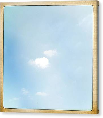 Sky Canvas Print by Les Cunliffe