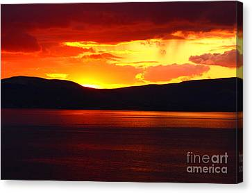 Sky Of Fire Canvas Print by Aidan Moran