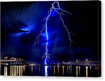 Sky Streaking Canvas Print by Doug Heslep