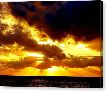 Canvas Print featuring the photograph Skygold by Amar Sheow