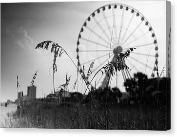 Skywheel View Canvas Print by Ivo Kerssemakers