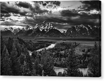 Snake River And The Tetons Canvas Print by Andrew Soundarajan