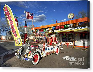 Snow Cap Diner  Canvas Print by Rob Hawkins