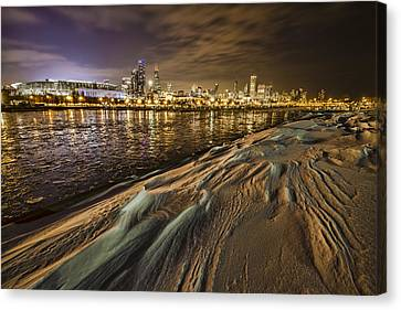 Snow Drift And Chicago Skyline  Canvas Print by Sven Brogren