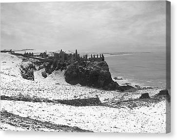 Canvas Print featuring the photograph Snowy Dunluce 12/02/14 by Roy  McPeak