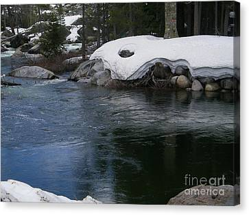 Canvas Print featuring the photograph Snowy River Bend by Bobbee Rickard