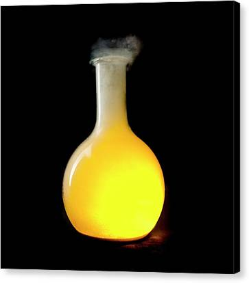 Sodium Burning In Chlorine Canvas Print by Science Photo Library