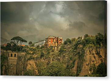 Sorrento Cliff Top Residence Canvas Print by Chris Fletcher