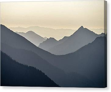 Sostice In The Olympic Mountains Canvas Print by Ronda Broatch