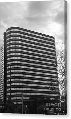 Soutfield Round Hi Rise Black And White Canvas Print by Bill Woodstock