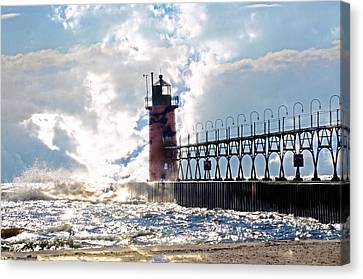 South Haven Lighthouse Canvas Print by Cheryl Cencich