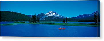 South Sister Canoeing Sparks Lake Or Usa Canvas Print